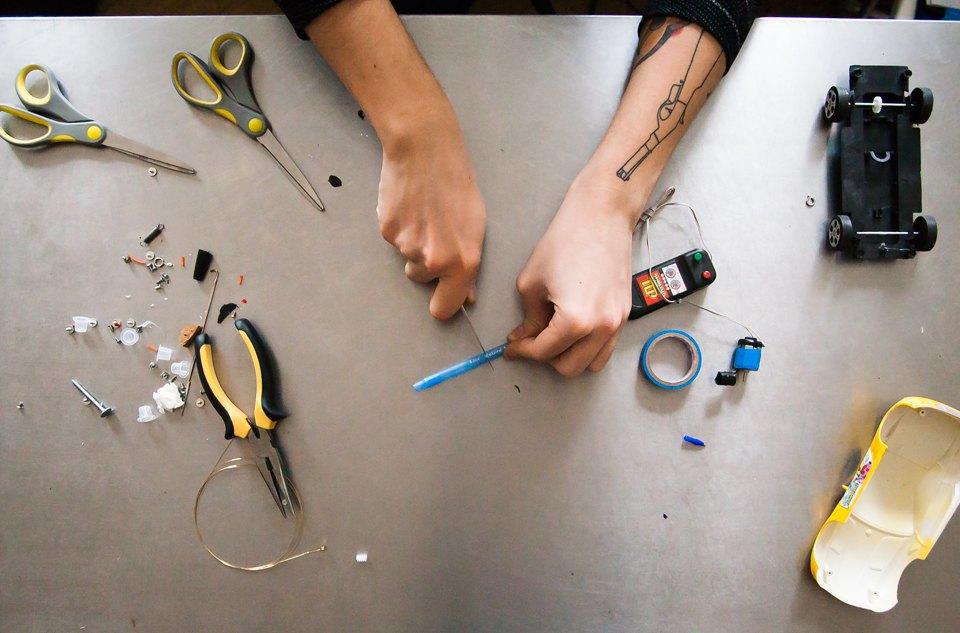 Как сделать тату машинку в домашних условиях своими руками