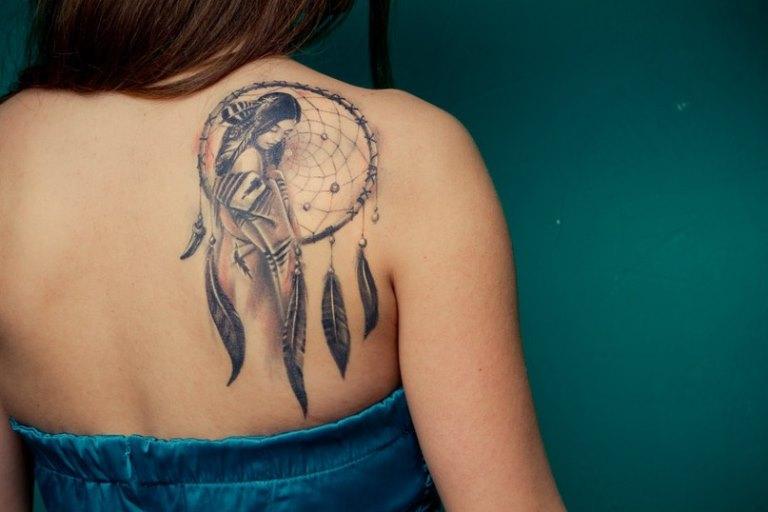 Татуировки у женщин девушек в интимных местах 17 фотография